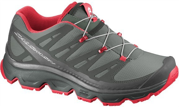 factory outlets classic style best authentic Salomon Synapse hiking shoes women black/red