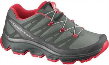 Salomon Synapse hiking shoes women black/red