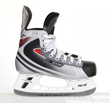 Bauer Vapor XII Junior Ice Hockey Skates